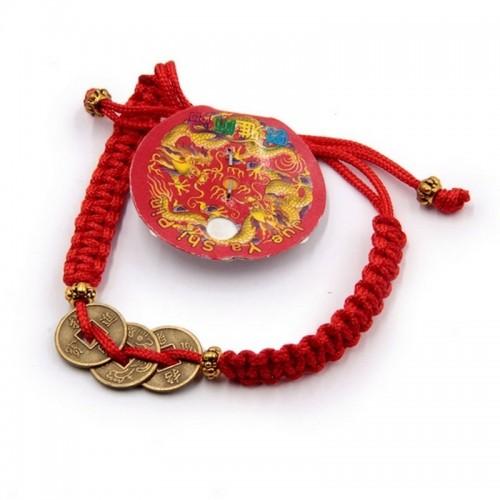 Браслет Красная нить с 3 монетами - денежный оберег на левую руку Китай